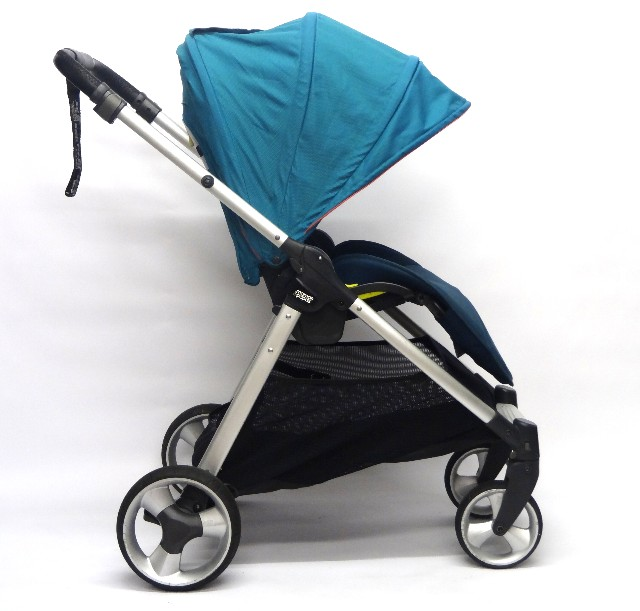 Armadillo Flip Pushchair & Carrycot - Teal